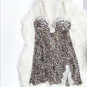 Victoria Secret leopard print lingerie sz:34B